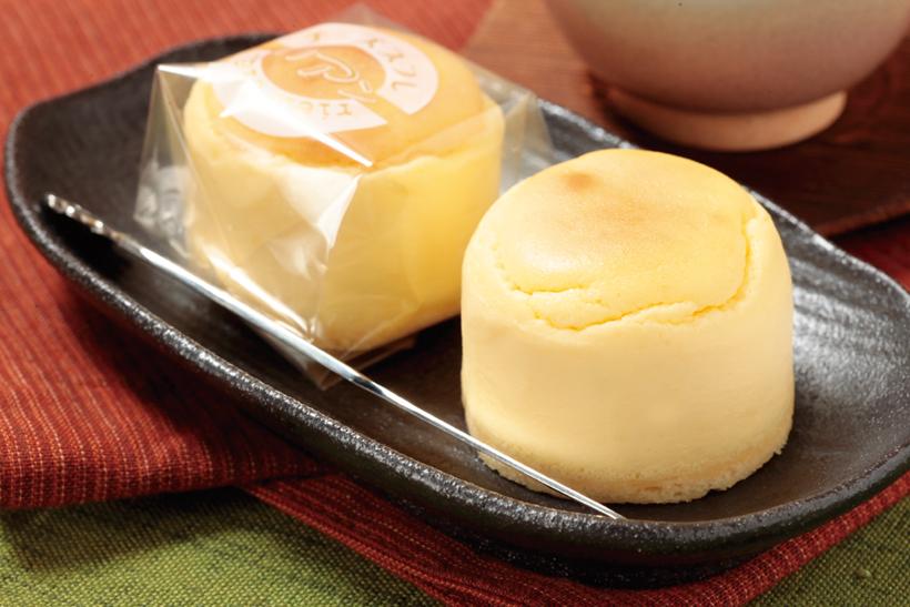 *チーズスフレリアン 140円(税込)