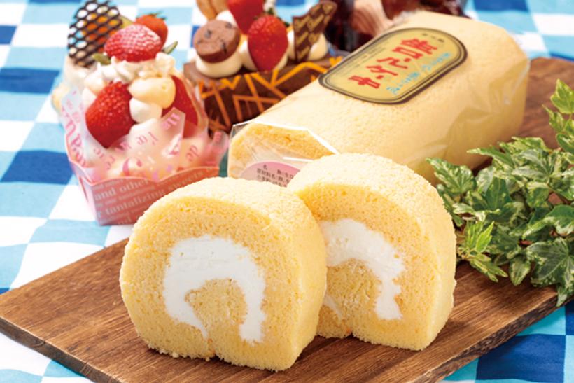 *生ロールケーキ   1本1,270円(税込)/ハーフ650円(税込)