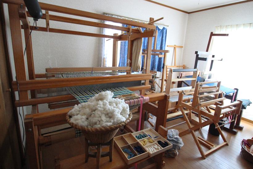*機織り工房