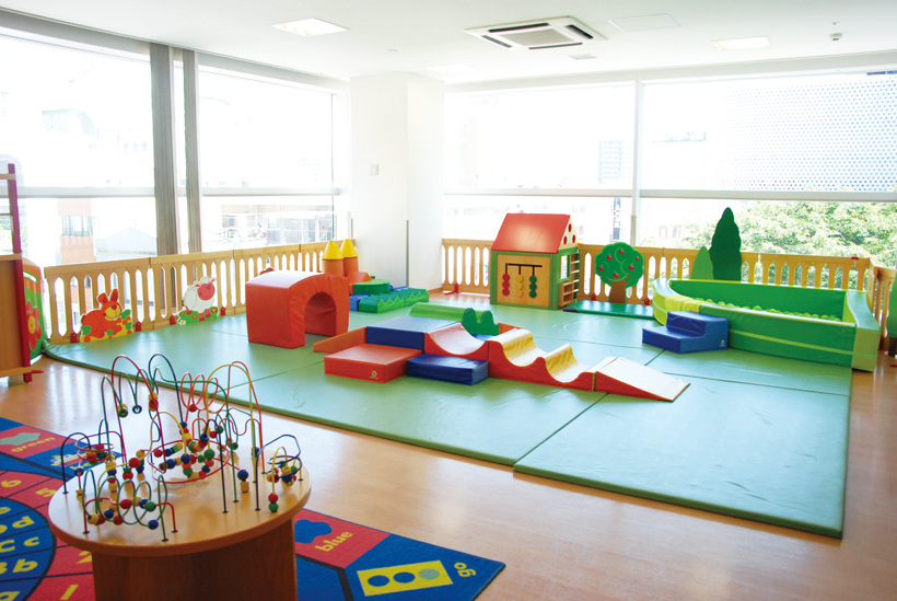*親子元気ルーム 0〜2才の乳幼児とその保護者が利用できる部屋