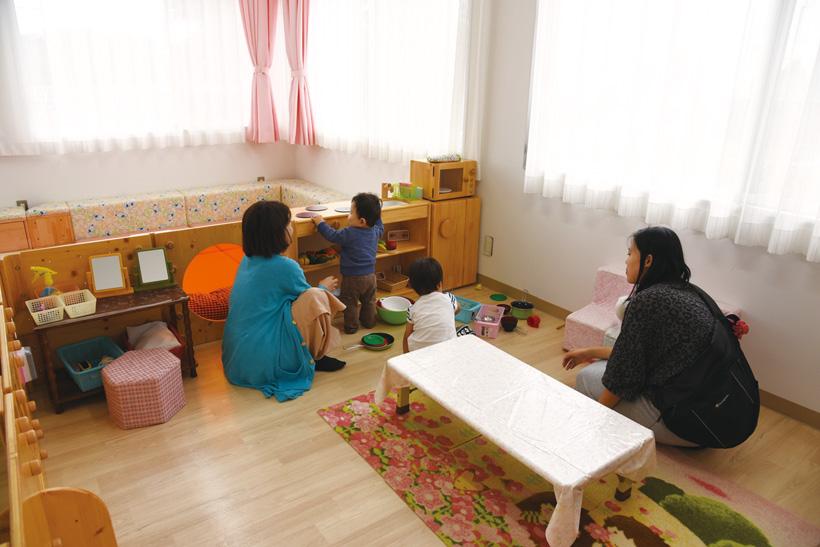渋川子育支援赤ちゃん部屋02