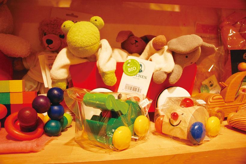 *赤ちゃん向けのおもちゃもたくさん揃っている