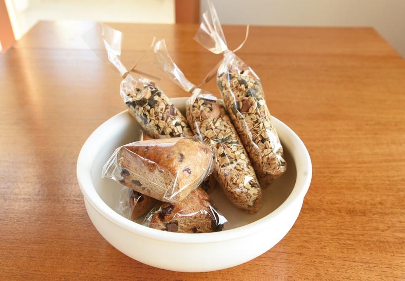 *天然酵母スコーンと手作りグラノーラ