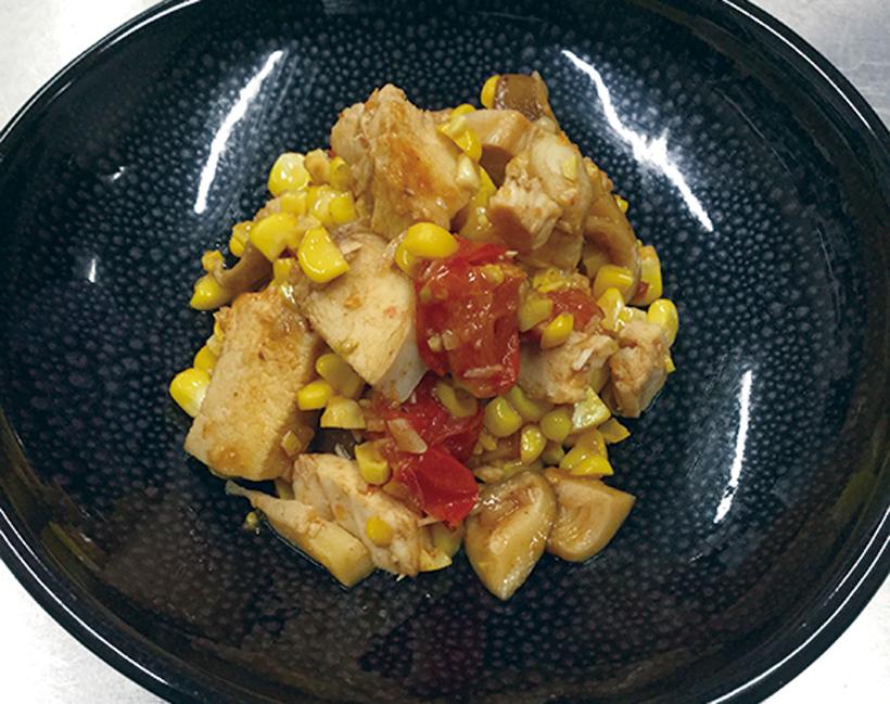 玉蜀黍と鶏トマトいため