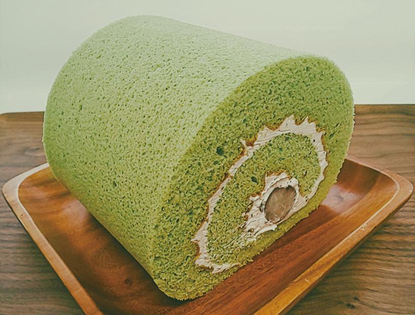 花豆ロールケーキ